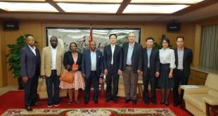中山市副市长张文龙会见斯瓦尼普主席及企业代表