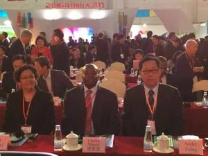 吴少康董事长与南非DTI COO Jodi 女士,南非驻中国经济参赞Charles 先生