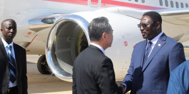 Gambia : Dr Tangara receives Chinese Foreign Minister
